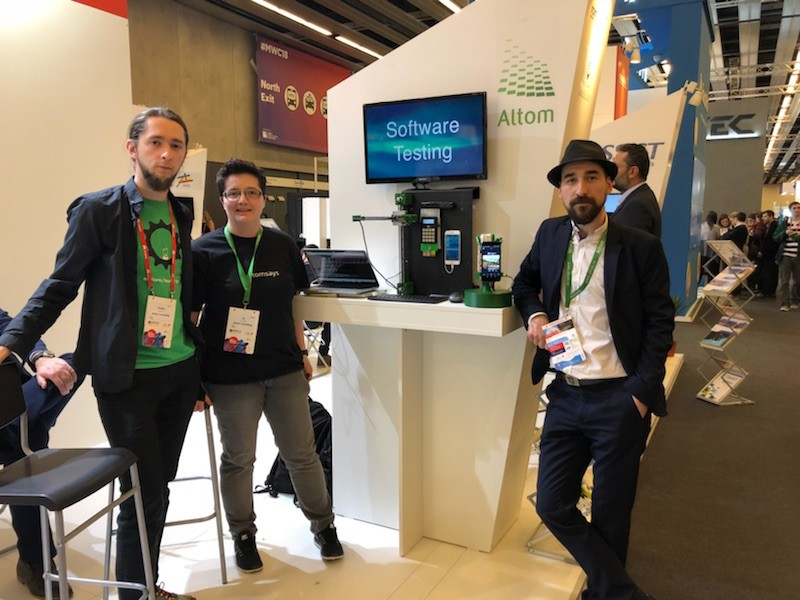 altom testers at mwc 2018